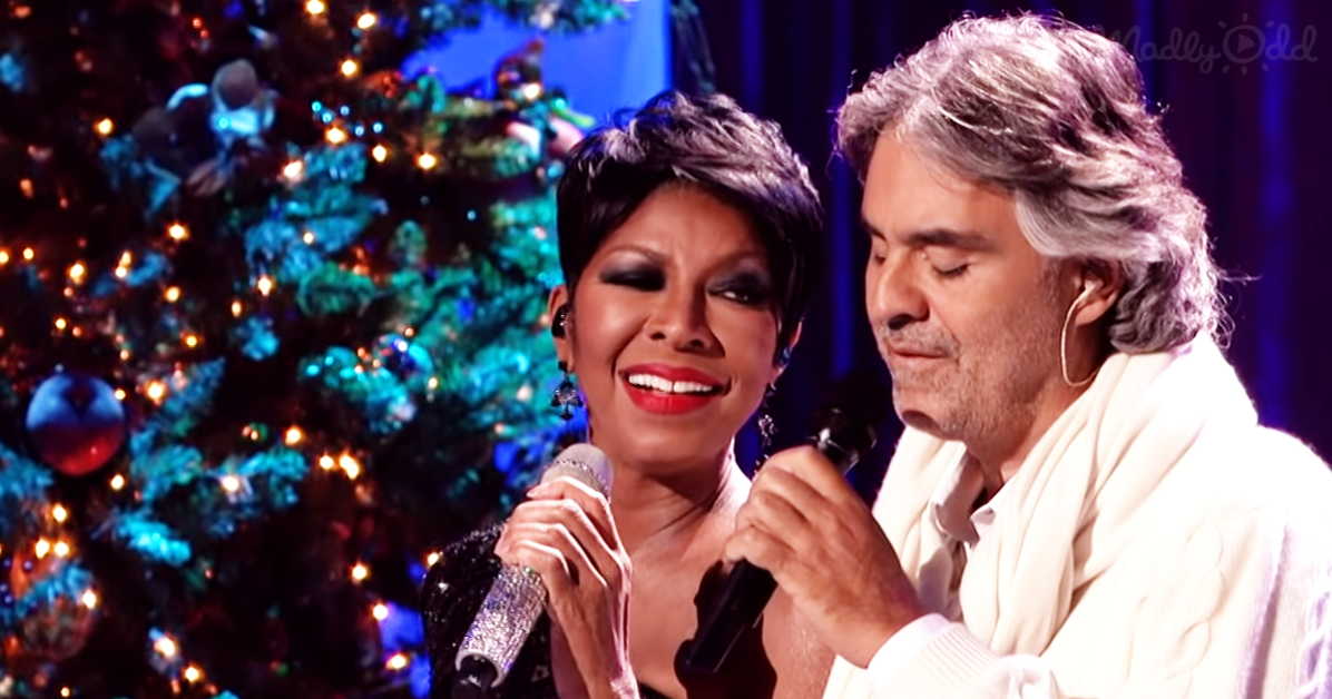 Andrea Bocelli and Natalie Cole sing The Christmas Song