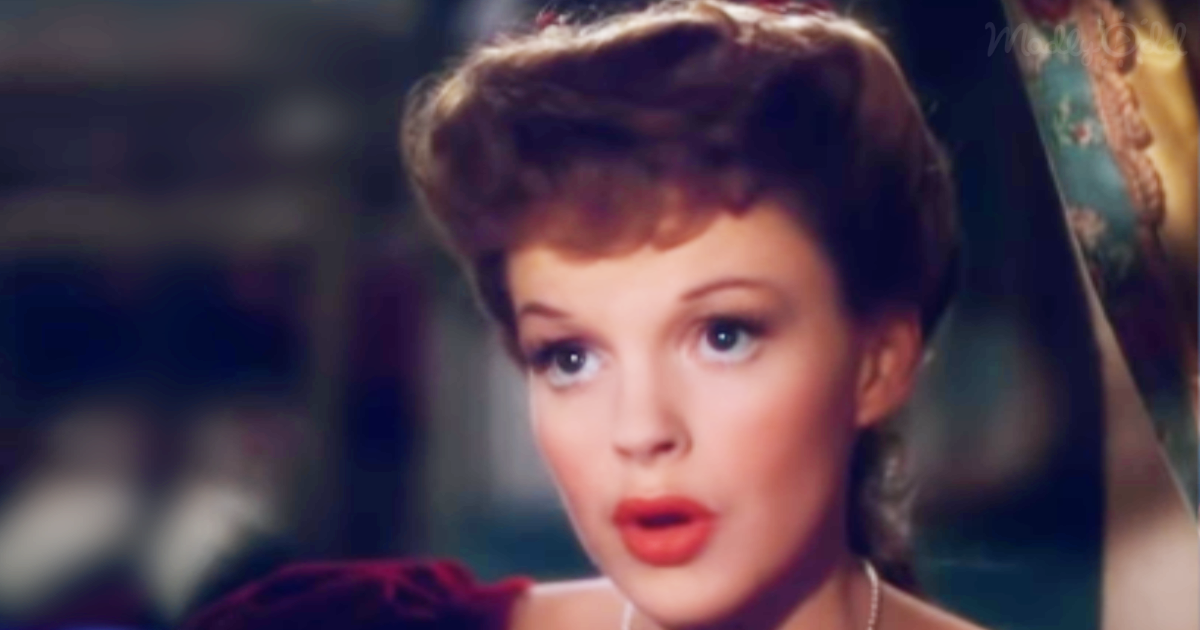 Judy Garland Sings a Timeless, Touching Christmas Message of Hope That Tugs at Your Heartstrings