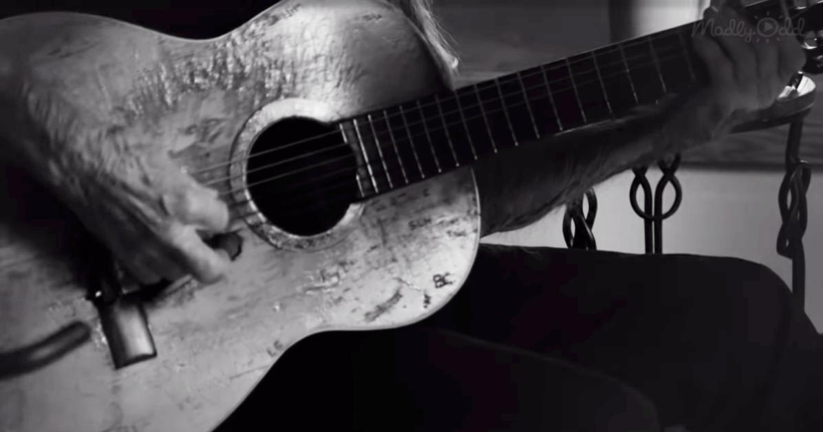 Willie Nelson's Guitar, Trigger