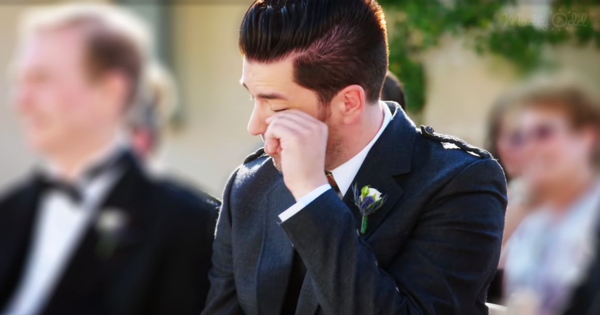 Drew Scott Sings Wedding Tribute