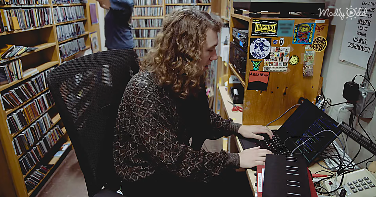 This MIT Grad Student Uses Math To Blend Two Types Of Music Together