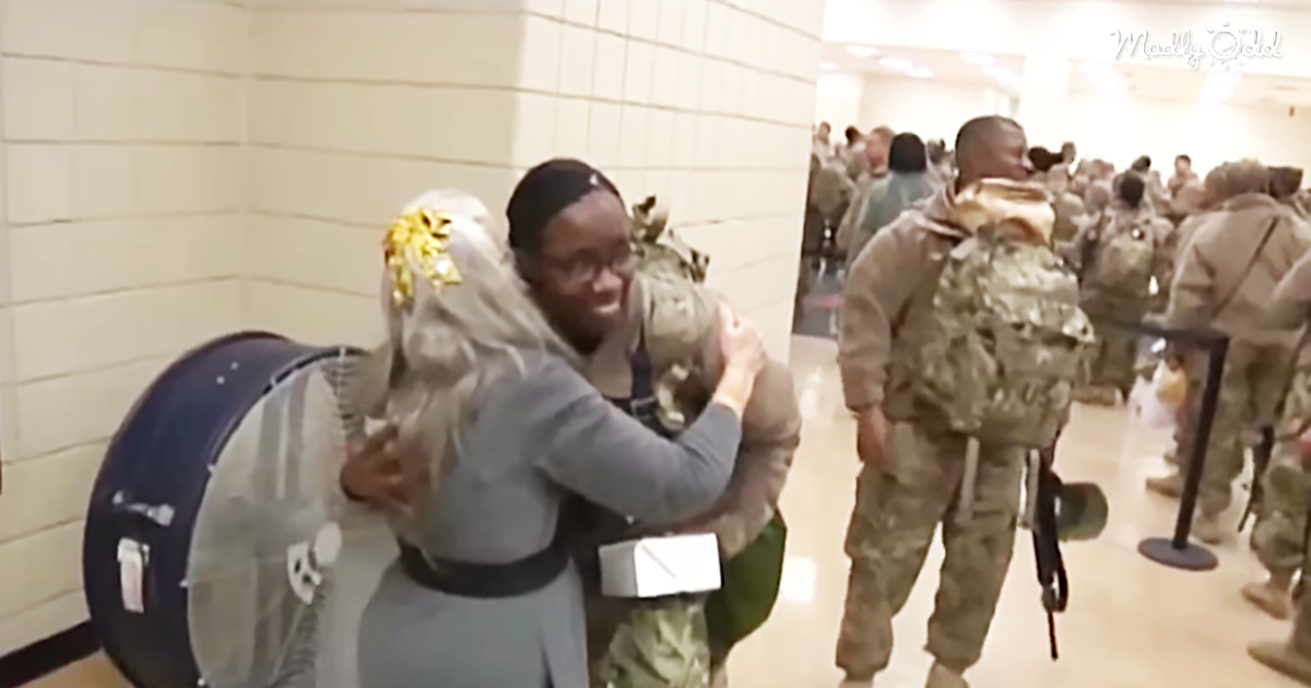 Soldiers Visit Hospitalized Hug Lady Who Has Greeted