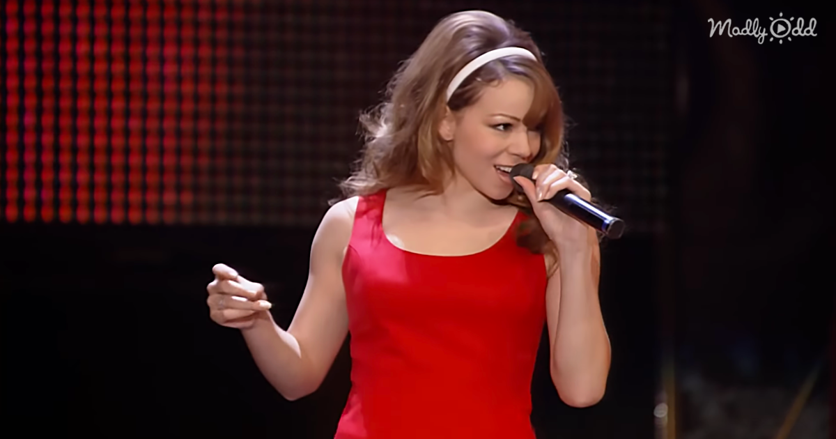 'All I Want For Christmas' by Mariah Carey Live From Tokyo Dome